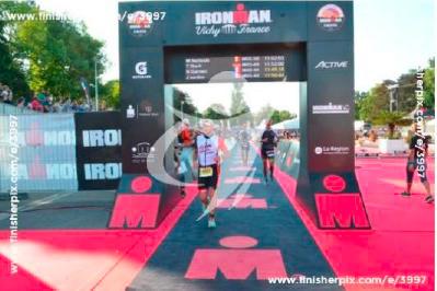 Arrivée Ironman Vichy Nicolas Garneri